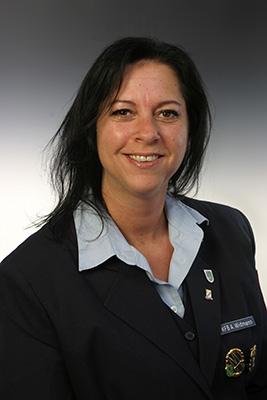 Angelika Zettl