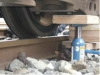 Anheben und Unterbauen mit einem LKW Wagenheber
