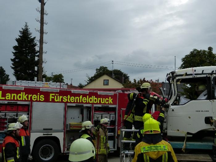 Technische Unfallrettung aus Lkw, Bild 5